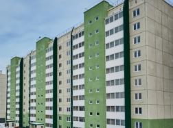 Дом № 40. установлены лифты, ведутся сантехмонтажные и электромонтажные работы, параллельно рабочие приступили к чистовой отделке квартир.