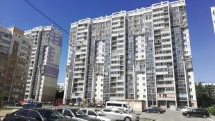 1 комн. квартира Братьев Кашириных, 115
